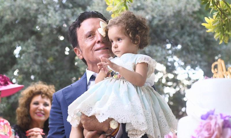 Risas, lágrimas, bailes y reencuentros: la emotiva boda de José Ortega Cano, en ¡HOLA!