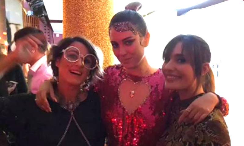 Blanca Suárez, 'brillante' en la fiesta de su 30 cumpleaños al lado de Mario Casas y muchos rostros conocidos