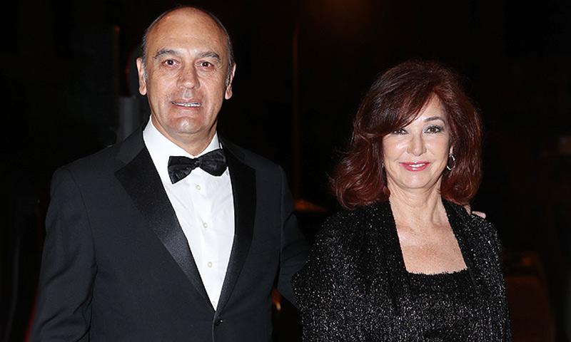 EXCLUSIVA: Ana Rosa Quintana y su marido asisten a la original fiesta de cumpleaños del joyero Benito Suárez