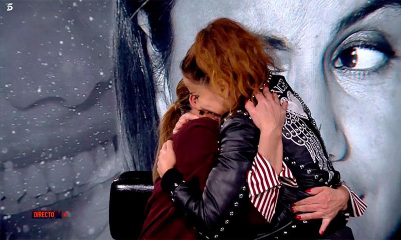 Mónica Hoyos recibe la emotiva visita de su madre en 'Gran Hermano VIP'