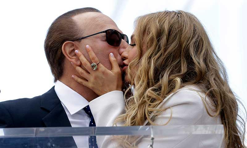 Thalía y Tommy Mottola celebran con mucho romanticismo su aniversario