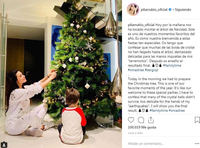 04f5acf99c Las  celebrities  nos muestran sus mejores árboles de navidad - Foto