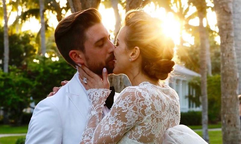 Katie Cassidy, la actriz de 'Arrow', se ha casado