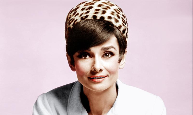 Los creadores de 'El joven Papa' preparan una serie sobre la vida de Audrey Hepburn