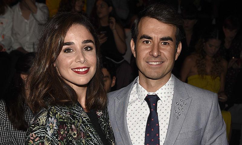 Daniel Muriel y Candela Serrat dan la bienvenida al nuevo año ¡comprometidos!