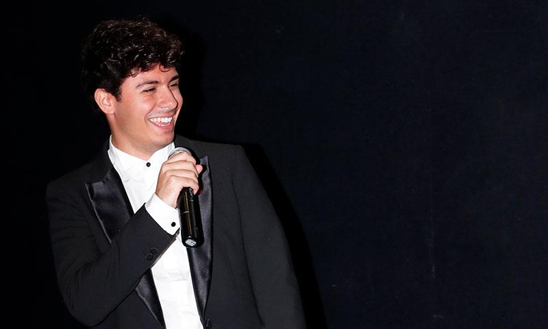 Alfred felicita a Corbacho y Silvia Abril por la divertida parodia de 'Tu canción'