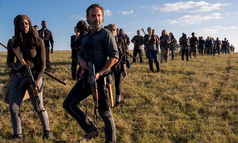 Los zombies inmortales de 'The Walking Dead' seguirán dando miedo una temporada más