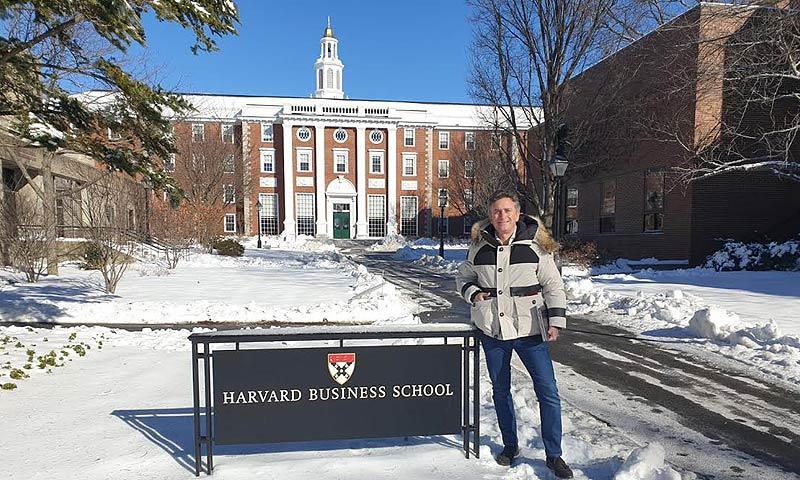 La fórmula del éxito de Alejandro Agag ya se enseña en la universidad de Harvard