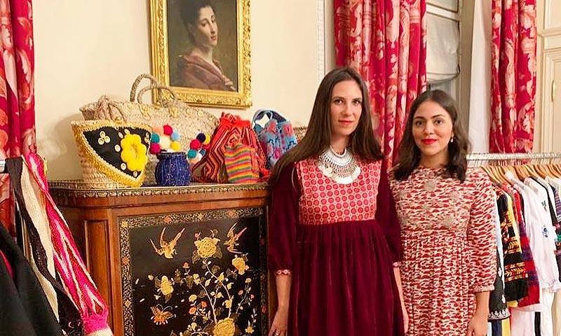 Tatiana Santo Domingo y sus amigas 'it girls' se hospedan en la suite parisina preferida de Alfonso XIII