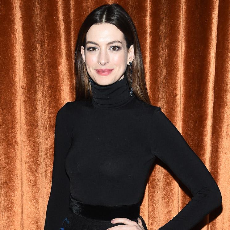 El Hijo De Anne Hathaway Está 'enamorado' De Camila Alves