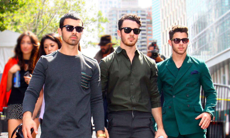 Los Jonas Brothers celebran juntos el éxito de 'Sucker'