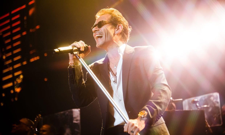 ¡Marc Anthony está de celebración! Su primer single le da 10 millones de alegrías