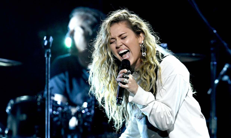 La cantante Miley Cyrus sustituirá a Cardi B. en el Festival Primavera Sound