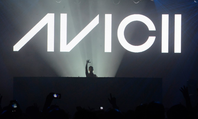 Así suena 'S.O.S', el primer sencillo del disco póstumo y benéfico de Avicii