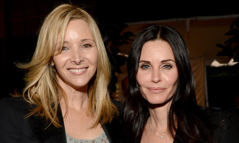 Courteney Cox y Lisa Kudrow bromean sobre su físico 15 años después del final de 'Friends'