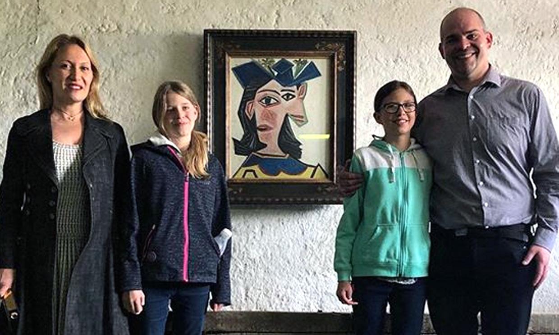 '¡Papá, hay un Picasso en nuestro salón!' La gran sorpresa de una familia de granjeros suizos