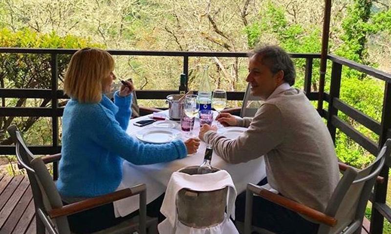 Eugenia Martínez de Irujo cambia la Semana Santa sevillana por los verdes paisajes del norte