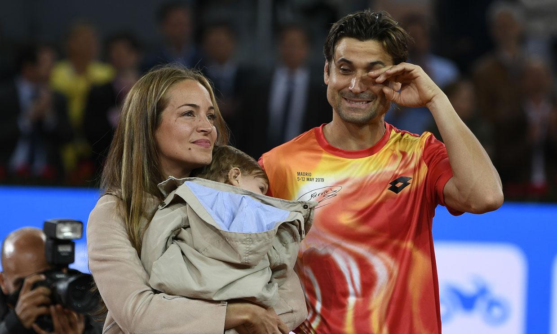Muy emocionado y rodeado de su familia, David Ferrer dice adiós al tenis