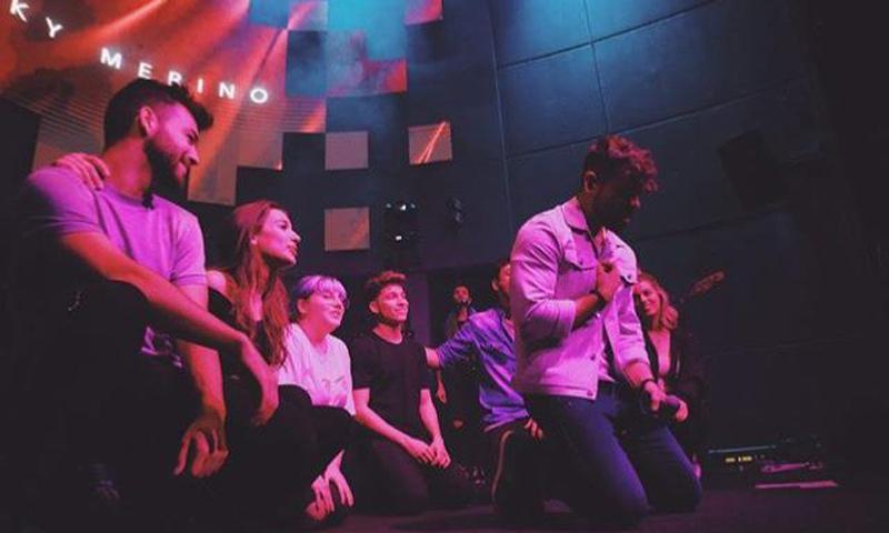 El emotivo momento en el concierto de Ricky Merino ('OT') que ha causado furor