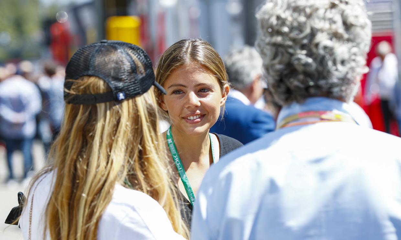 Isabel Hernáez, una más en la familia de su novio, Carlos Sainz