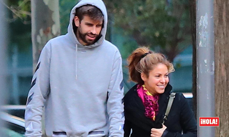 EXCLUSIVA: Shakira y Gerard Piqué se comen a besos en el parque