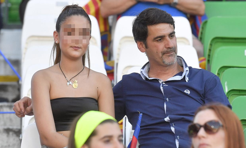 Jesulín de Ubrique presume de hija en el fútbol