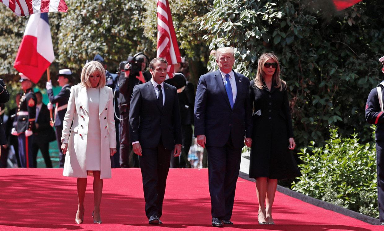 Donald y Melania Trump presiden con Emmanuel y Brigitte Macron el 75º aniversario del desembarco de Normandía