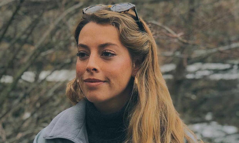 Belén Écija, hija de Belén Rueda, hace su debut en televisión con el primer tráiler de 'La Valla'