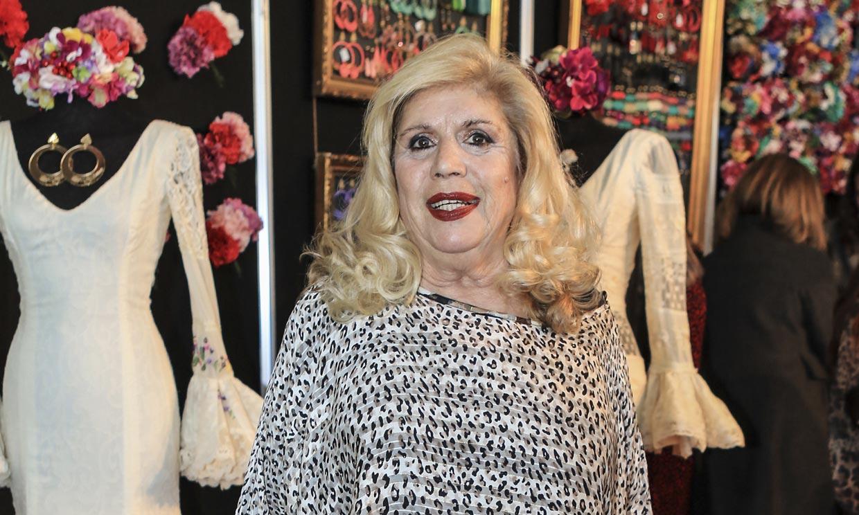 La hermana de María Jiménez cuenta que la artista está consciente y trata de comunicarse