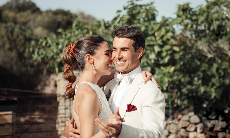 Candela Serrat y Daniel Muriel se han casado en Menorca