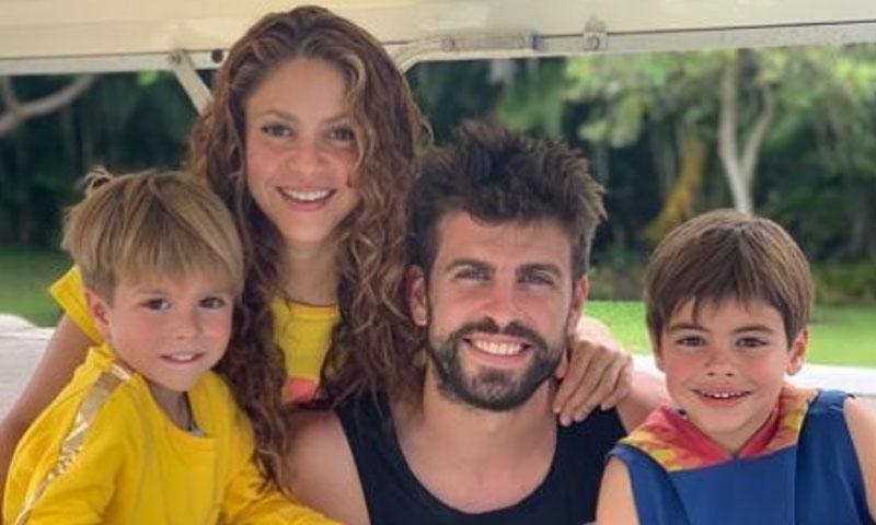 ¡Con sus hijos y en un destino desconocido! Shakira y Gerard Piqué comienzan sus vacaciones