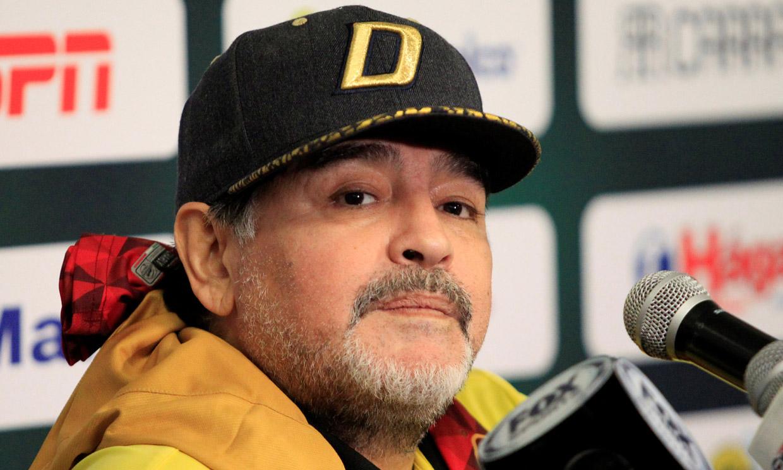 Maradona, muy enfadado, desmiente que tenga alzhéimer: 'No me estoy muriendo'