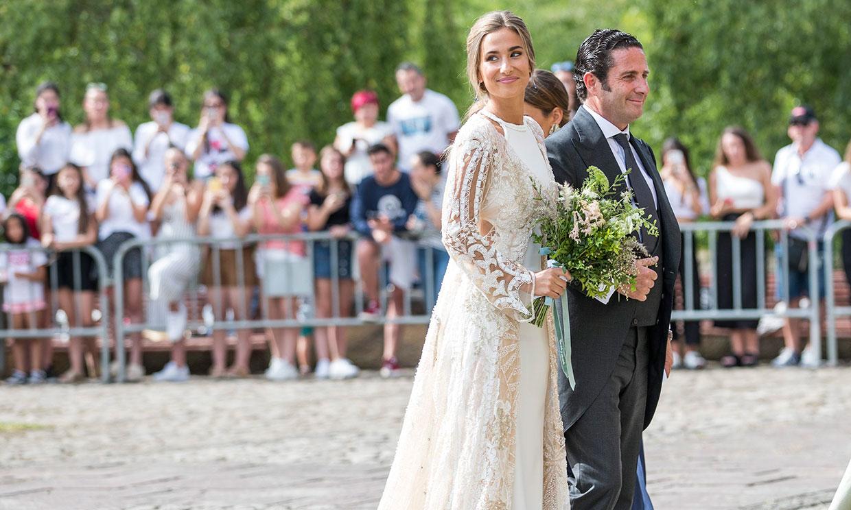 El detalle que ha unido, 4 años después, los looks de novia de María Pombo y Eva González