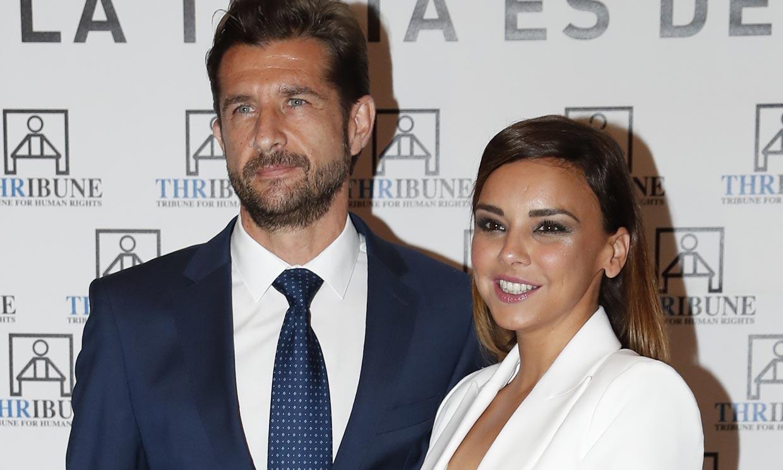 Chenoa confirma a ¡HOLA! sus planes de boda con Miguel Sánchez Encinas