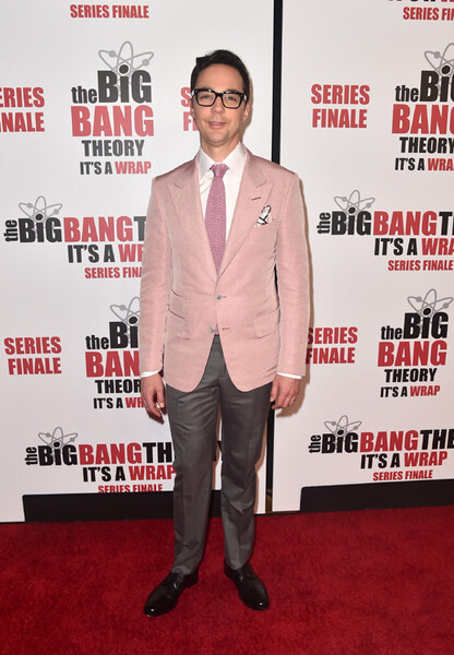 ¿Cuánto mide Jim Parsons? - Altura - Real height Jim-parsons2-getty-a