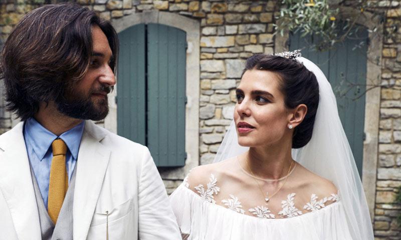 Las fotografías oficiales de la boda religiosa de Carlota Casiraghi y Dimitri Rassam