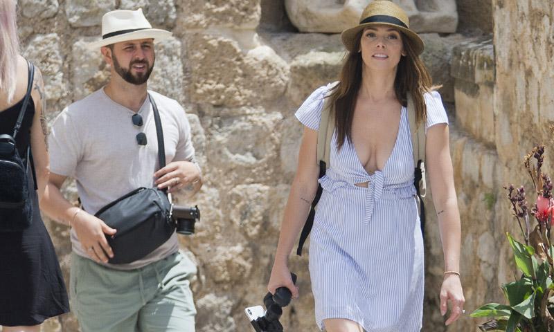 EXCLUSIVA: la actriz Ashley Greene, de vacaciones con su marido en Ibiza