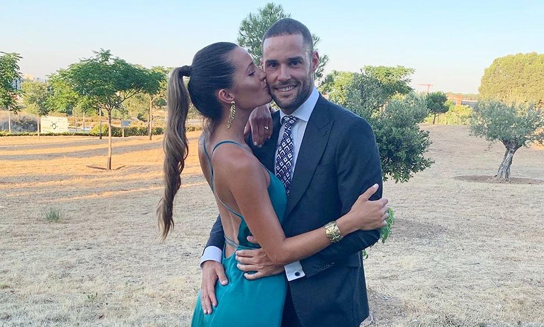 Malena Costa, la invitada más sexy en la boda de su cuñada