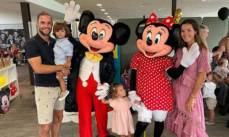 Malena Costa y Mario Suárez celebran el cumpleaños de su hijo con una fiesta temática