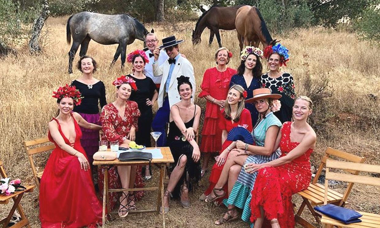 Maria Sharapova, la más flamenca en el cumpleaños de su novio, el millonario Alex Gilkes