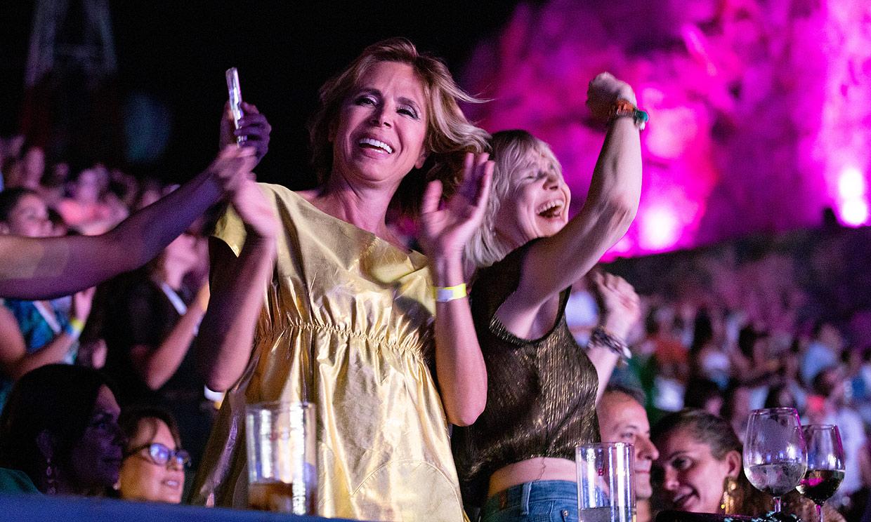 Eugenia Martínez de Irujo y Ágatha Ruiz de la Prada, las más marchosas del concierto de Luis Fonsi
