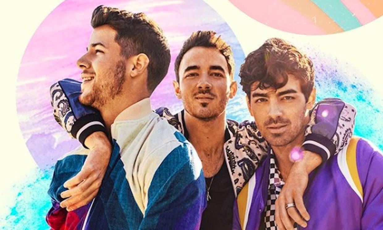Los Jonas Brothers comienzan a recorrer el mundo en su gira 'Happiness Begins Tour'