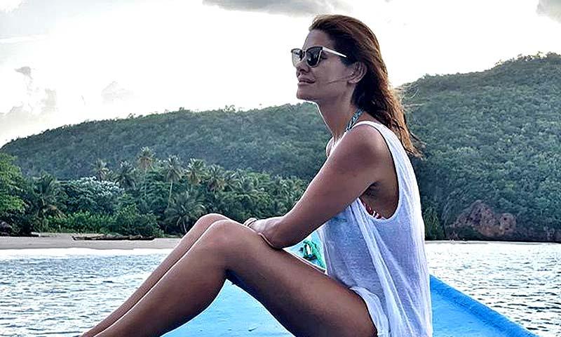 María José Suárez, al más puro estilo Robinson Crusoe, descubre un paraíso escondido