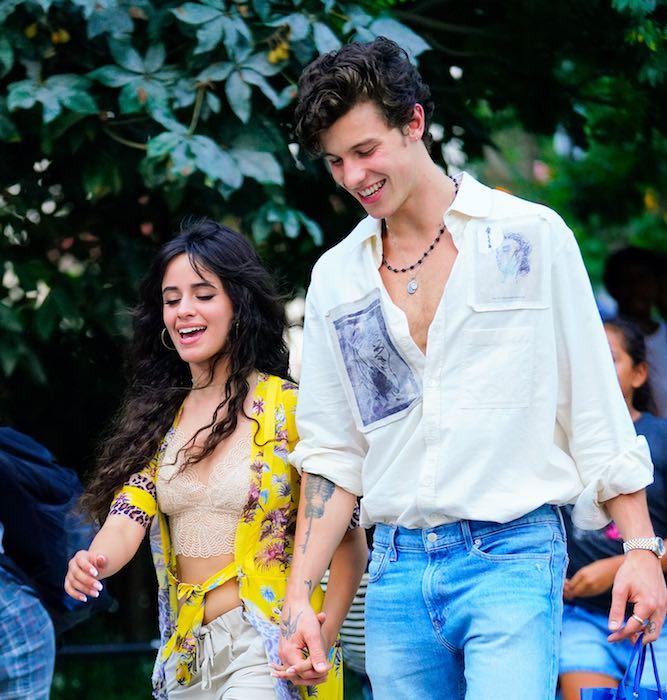 Shawn Mendes y Camila Cabello de lo más románticos en su