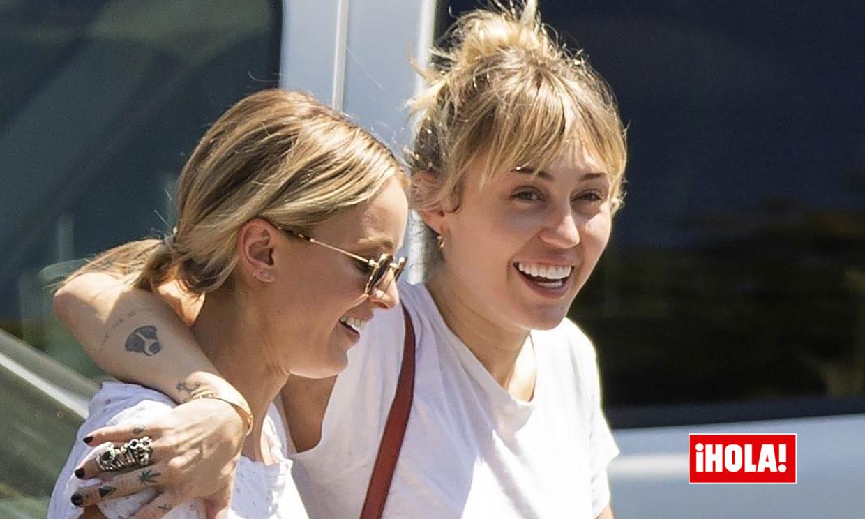 La sonrisa de Miley Cyrus en su última aparición con Kaitlynn Carter