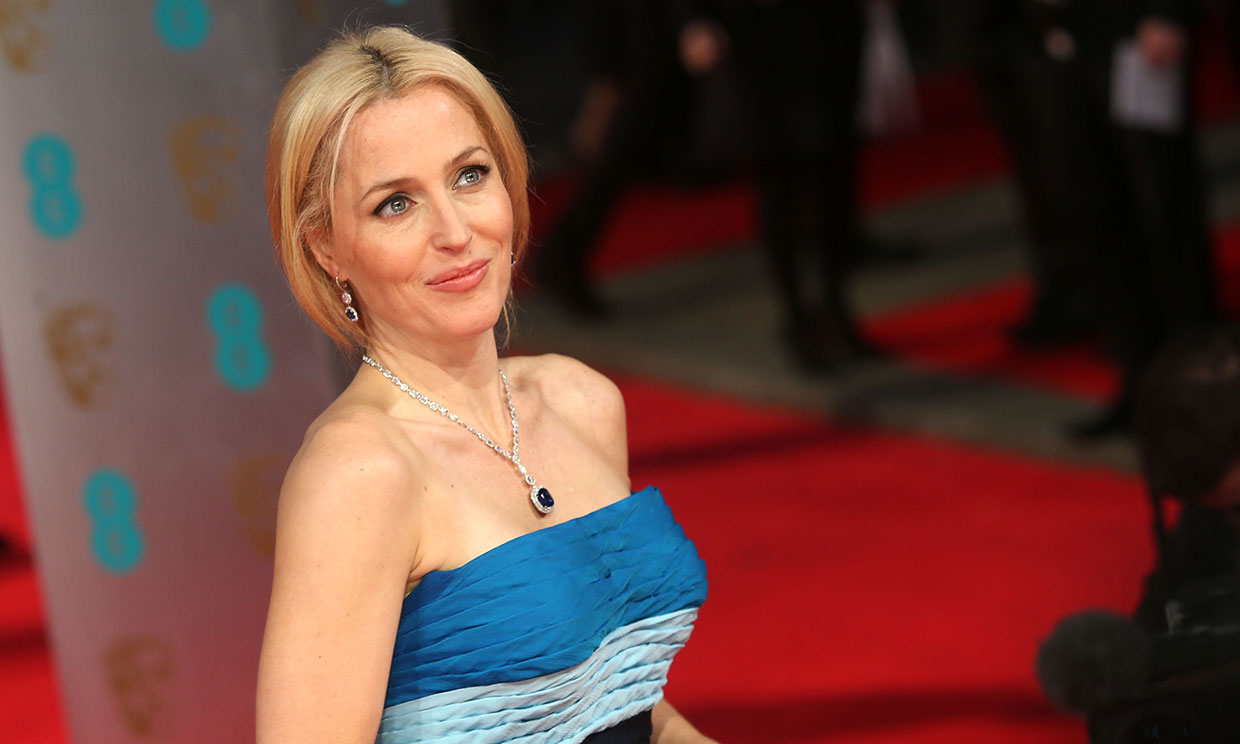 De 'Expediente X' a Downing Street: Gillian Anderson dára vida a Margaret Thatcher en 'The Crown'