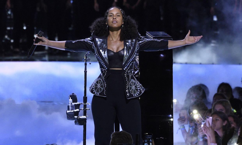 ¿Grabar un videoclip en siete segundos? Alicia Keys lo hace posible en 'Show Me Love'