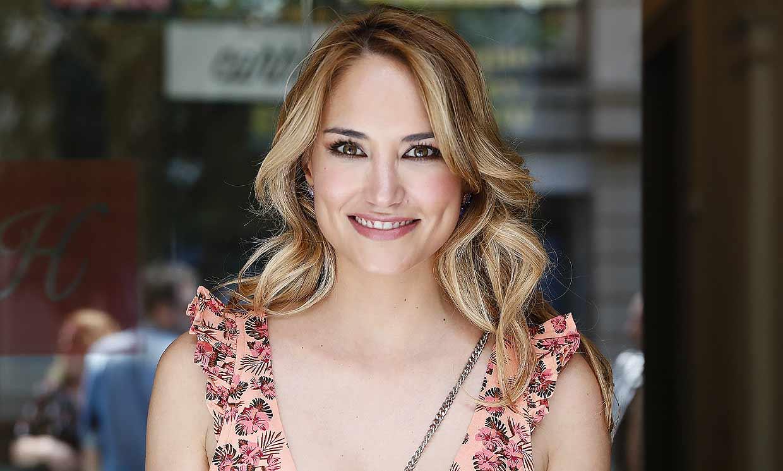 Alba Carrillo confirma que está 'loca de amor' por Santi Burgoa desde hace seis meses