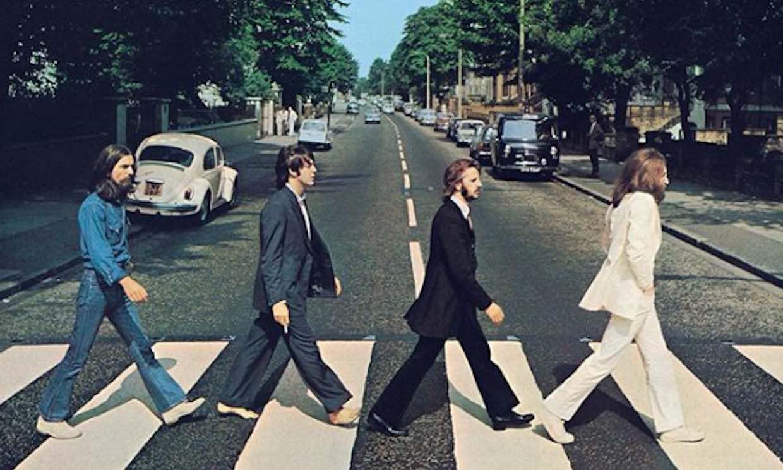 The Beatles estrenan el videoclip de 'Here comes the sun' en su cincuenta cumpleaños