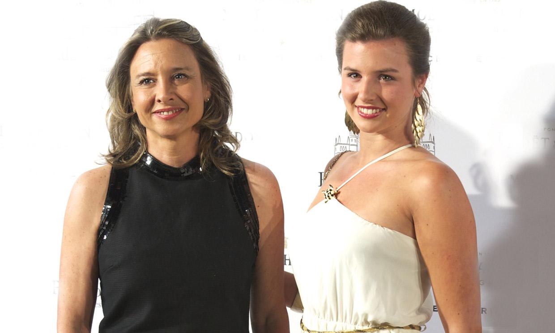 La escritora Almudena de Arteaga regala un título nobiliario a su hija María Teresa